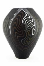 Ваза шлифованная из муранского стекла