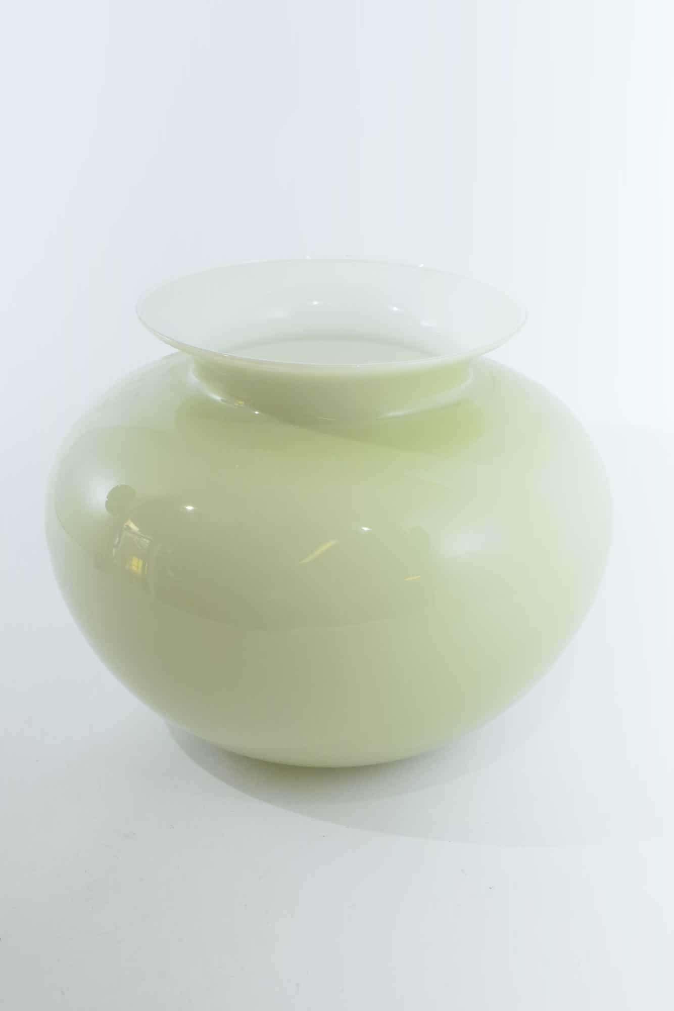 Винтажная ваза из опалового стекла из муранского стекла - (Art. 36937)